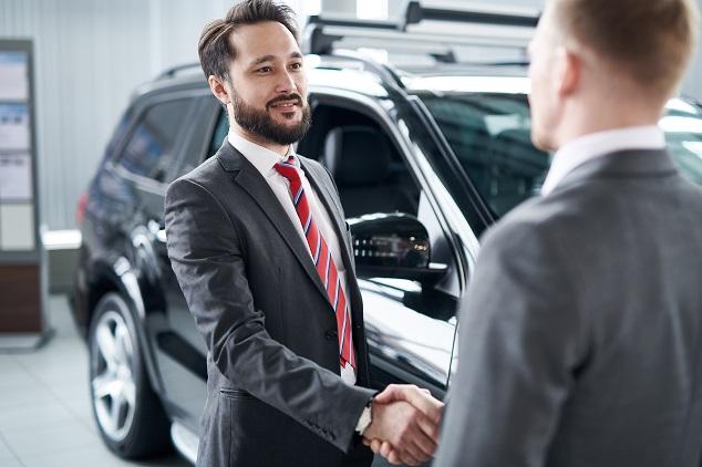 Sälja bil mäklare